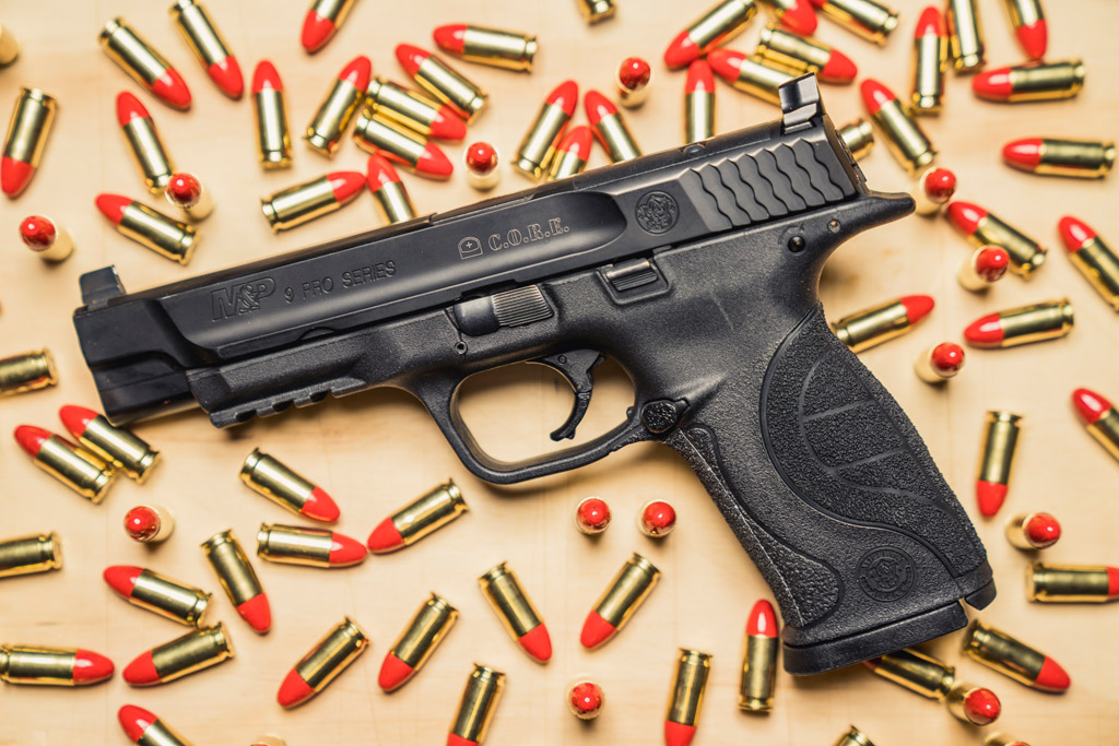 photo of a smith & wesson M&P 9mm pistol for competition shooting matches