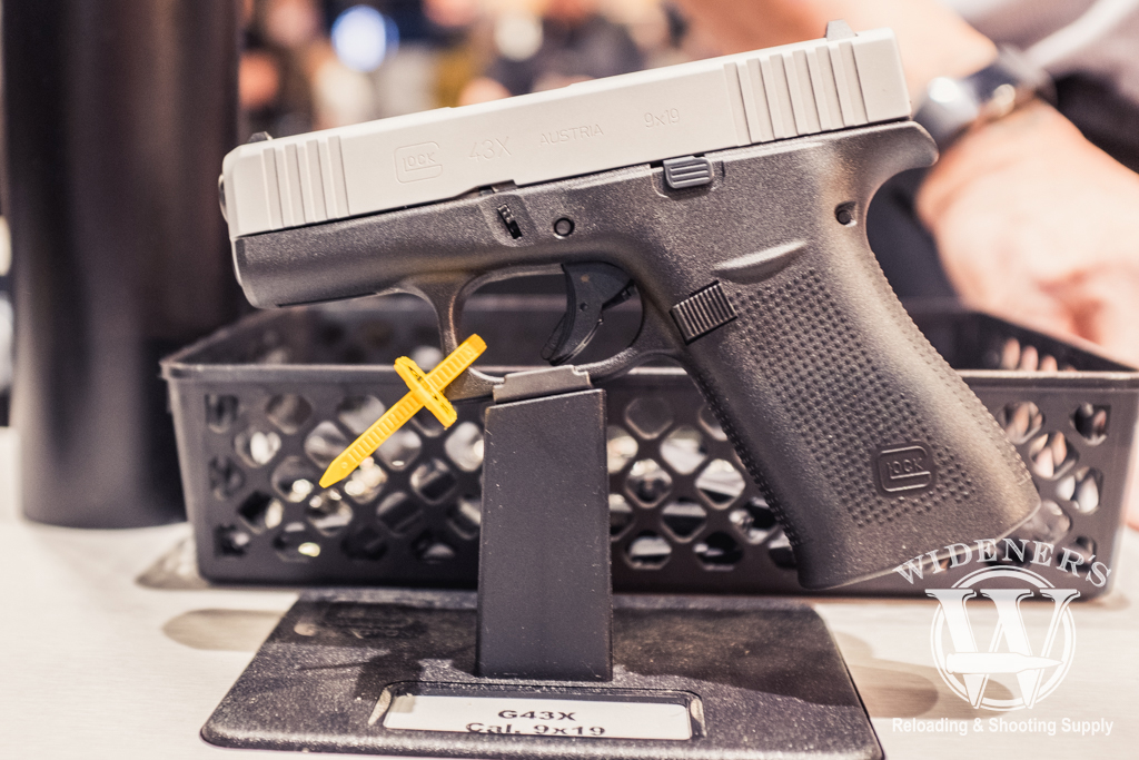 photo of the glock g43X at shot show 2019